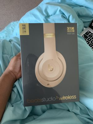 beats studio3 wireless (Desert Sand) for Sale in Washington, DC