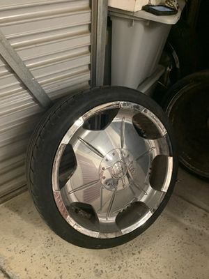 20 INCH RIMS WITH USED TIRES for Sale in Atlanta, GA
