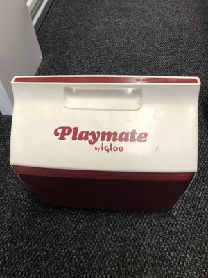 Igloo Playmate Cooler, Lunchbox, 6 pack capacity, Red and White, Push Button for Sale in Gaithersburg, MD