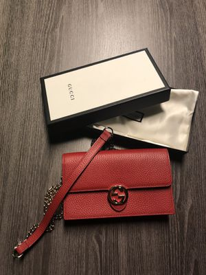 Gucci Red Interlocking G Wallet on Chain Clutch Bag for Sale in Seattle, WA