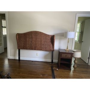 Queen Headboard and nighstand for Sale in Atlanta, GA
