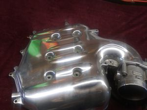Infinity manifold cover and throttle body sensor for Sale in Anaheim, CA