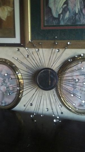 Retro vintage 70s 24 inch atomic sputnik wall mirror for Sale in Fort Worth, TX