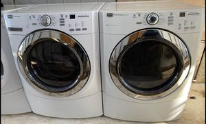 Maytag washer and dryer set in good working condition for Sale in Oak Hills, CA