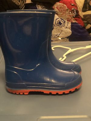 Carters Rain boots Size 9-10 for Sale in San Leandro, CA