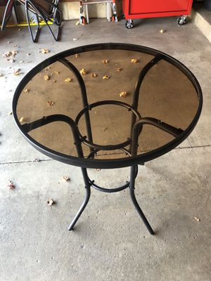 Outdoor table for Sale in Lisle, IL
