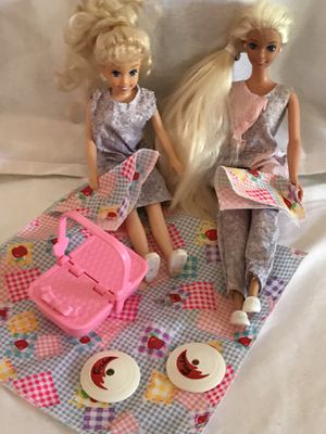 90's Disney Barbie and Sister Stacie having a Picnic with Accessories for Sale in Alta Loma, CA