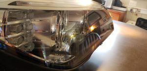 Rh Headlight assembly for 740i 740Li 750i xDrive 750Li 760Li Alpina B7 B7L HM32F5 for Sale in Bellevue, WA
