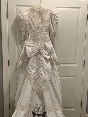 Wedding dress for Sale in Chantilly, VA