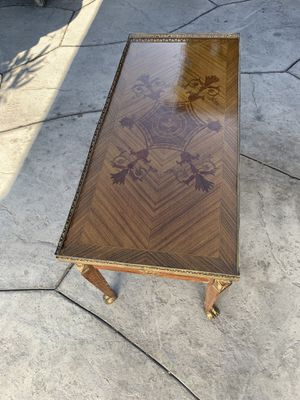 Antique Coffee Table for Sale in Los Angeles, CA