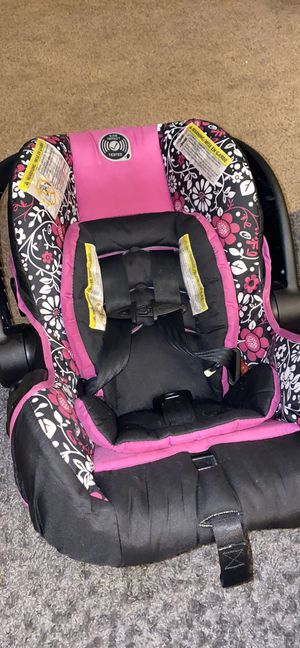 Car Seat for Sale in Fort Pierce, FL