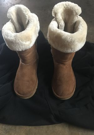 UGG boot for female women W7 for Sale in Whitefish Bay, WI