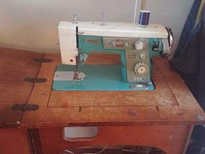 Sewing Machine for Sale in Payson, AZ