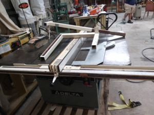 Table saw and Dust Collector combo for Sale in Zephyrhills, FL