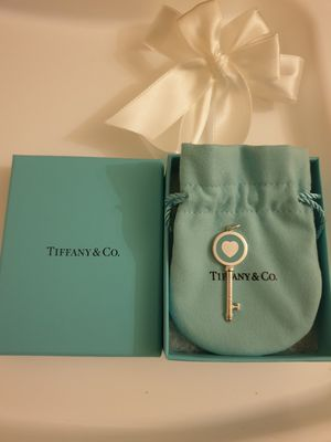 Authentic Tiffany &Co heart key for Sale in Queens, NY