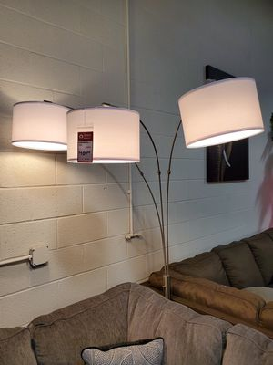 3 Headed Floor Lamp with White Shade 83in for Sale in Santa Ana, CA