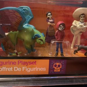 Disney Coco Figure Play set for Sale in Downey, CA