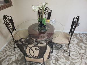 Dining room set for Sale in Paducah, KY