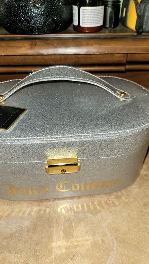 Juicy couture makeup box for Sale in Kent, WA
