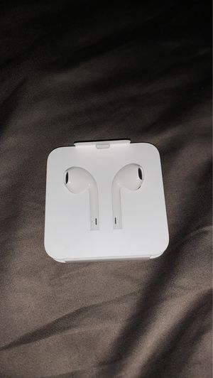 Apple headphones for Sale in Canal Winchester, OH