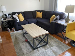 Ashley Furniture Living Room Set Couch, Coffee Table, End Tables, and Lamps for Sale in Orange, CA