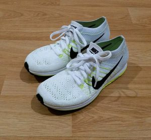Nike Flyknit Streak Racing Road Run Shoes Size 6 for Sale in Tustin, CA