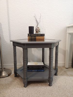 Grey end table for Sale in Orange City, FL