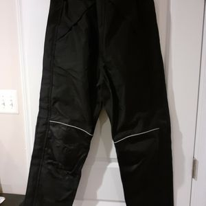 Bilt Armored Motorcycle Overpants, size 32 for Sale in Glen Burnie, MD
