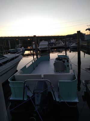 Pontoon boat for Sale in Virginia Beach, VA