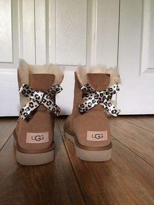 Exotic Bow (UGG) for Sale in Plantation, FL