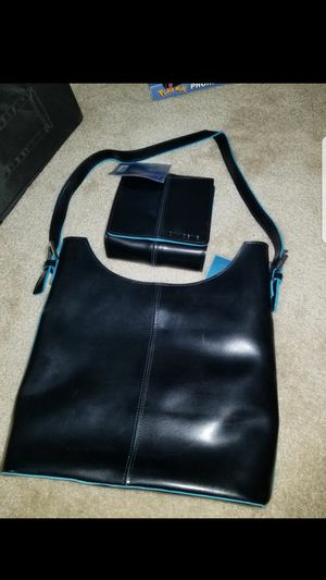 Oxygene Tote and Wallet-New for Sale in Fairfield, CA