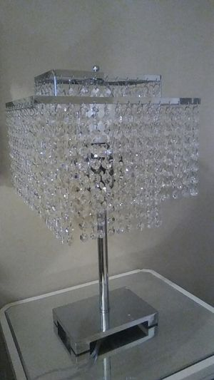 Beautiful crystal lamp for Sale in Los Angeles, CA