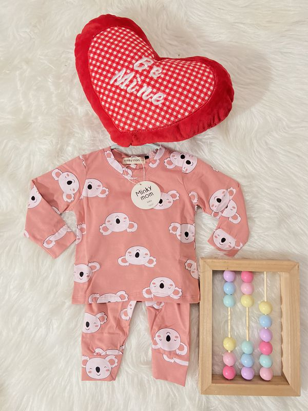 Baby baby clothes !!! 100% best cotton very soft and stretchy !!!! Super comfy