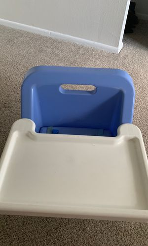Baby feeding chair for Sale in Clearwater, FL