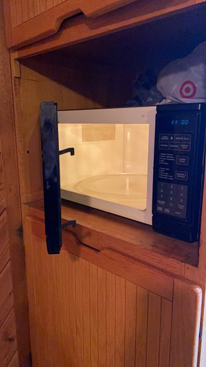 Microwave for Sale in Lansing, IL