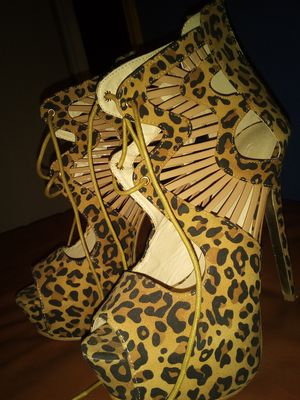 Brand New size 8 leapord high heels for Sale in Burleson, TX