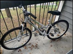 Diamondback Mountain Bike for Sale in Nashville, TN