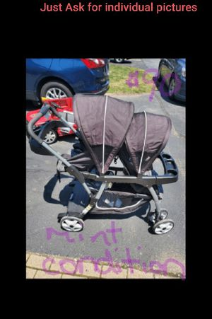 Stroller, Toys, Car Seat for Sale in Lake in the Hills, IL