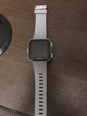 Fitbit Versa Gray includes small/large band, charger, water resistant- original box & instructions for Sale in Milan, IL
