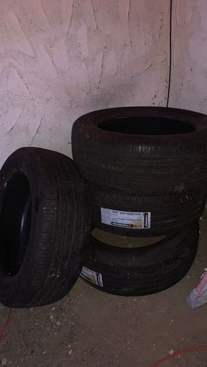 """4 20"""" tires need gone for Sale in Riverside, CA"""