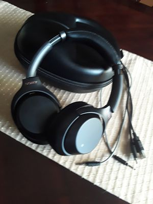 WH-1000X M3 Sony headphones for Sale in Pasadena, TX