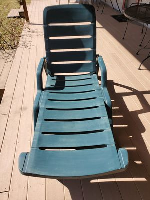 Lawn Chair for Sale in Dowling, MI