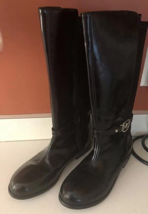 Michael KORS BLACK w/ SILVER LOGO HARDWARE DRESS BOOTS GIRL YOUTH SZ 5 NEW for Sale in Macomb, MI