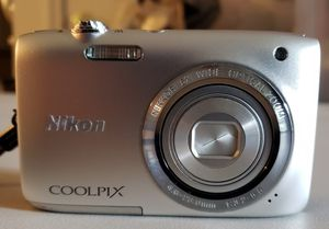 Nikon Coolpix S2800 for Sale in Imperial, MO