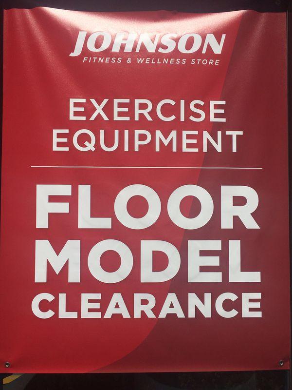Running treadmill floor model like new