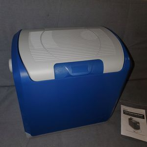 Portable minifridge cooler for Sale in Englewood, CO