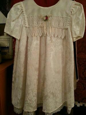 buy 1 get 1 half off...Girls size 8 Rose Cottage cream and off-white short sleeve knee length dress worn a few hours as a flower girl...new condition for Sale in St. Louis, MO