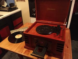 NEW! Crosley 3 in 1 Turntable, CD Player, and Cassette Player - RETAIL $100 for Sale in Seattle, WA