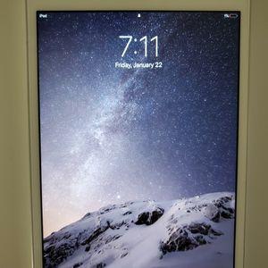 iPad Mini 2 (16 GB) A1489 $115 for Sale in Silver Spring, MD