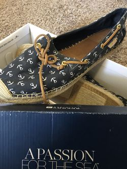 sperry women's size 11/12 for Sale in Columbus,  OH